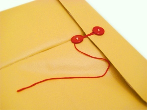 Airmail-Manila-Envelope-Laptop-Sleeve